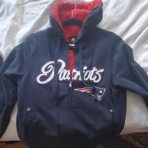 Patriots hoodie with red fleece inside